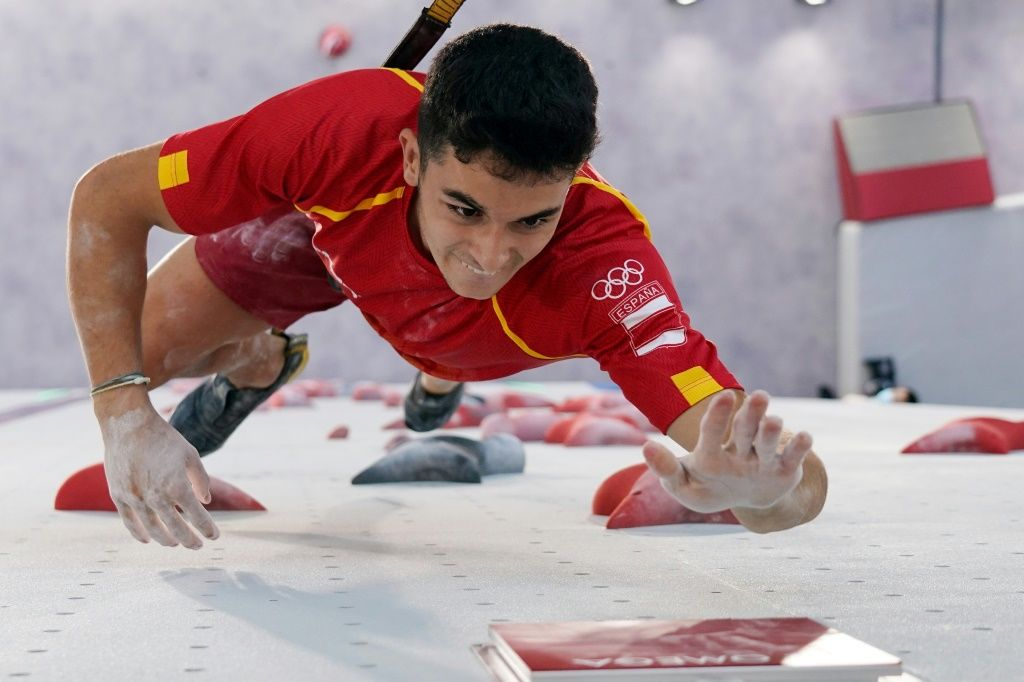 Alberto Ginés Lopez in the Olympic Games of Tokyo 2021