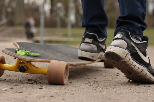 skate bord long board chaussure sport planche